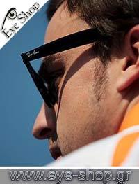 Fernando Alonsoμε τα γυαλιά ηλίου RayBan2140 Wayfarer