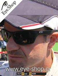 Rubens Barrichelloμε τα γυαλιά ηλίου Oakleyjury 4045