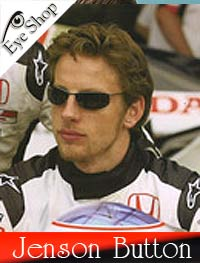 Jenson Buttonμε τα γυαλιά ηλίου RayBan3183