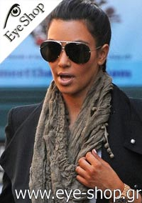 Kim Kardashianμε τα γυαλιά ηλίου Porsche Designp8478