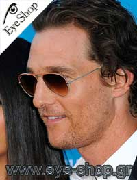 Matthew McConaugheyμε τα γυαλιά ηλίου RayBan3025 Aviator