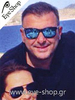 Αντώνης Ρέμοςμε τα γυαλιά ηλίου Artwood MilanoBambooline 2 MP200