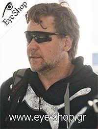 Russell Croweμε τα γυαλιά ηλίου oakleym-frame
