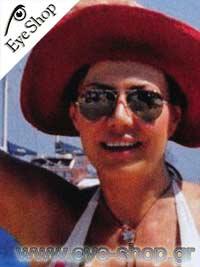 Στέλλα Γεωργιάδουμε τα γυαλιά ηλίου RayBan3025 aviator
