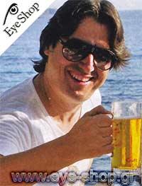 Vince Colosimoμε τα γυαλιά ηλίου Carrerachampion