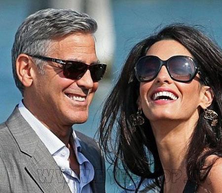 George Clooney με γυαλιά Persol