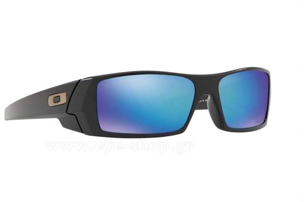 OAKLEY Η Rita Ora με γυαλιά Oakley 62aecc62fbc
