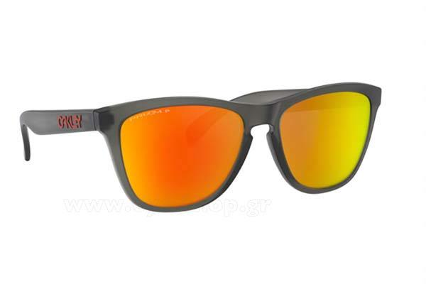 Ελένη Μενεγάκη φορώντας τα γυαλιά ηλίου Oakley Frogskins 9013 9e5443ab684
