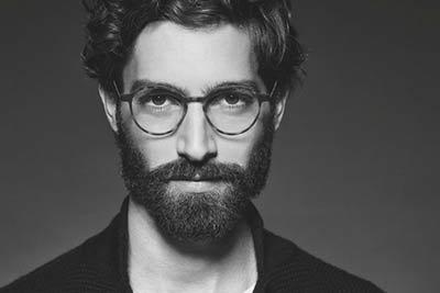 2d6a6e9b74 Όταν οι άνδρες επιλέγουν γυαλιά οράσεως